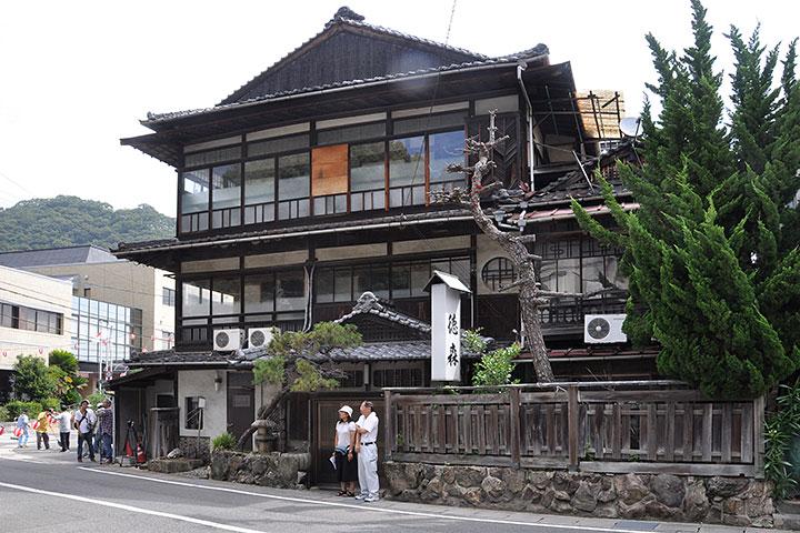 http://arch-hiroshima.info/arch/hiroshima/tokumori02.jpg